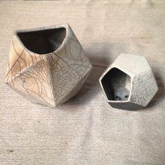 ▲  GEOMETRICPOT ▲ #VioArtStudio #raku #diseñomexicano #pottery
