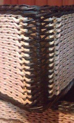 Плетение из газет. У Веруси