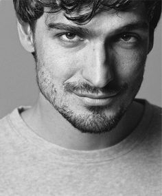 Mats Hummels: Black and White edition I Hate Boys, Mats Hummels, Dfb Team, Good Lawyers, Mr Perfect, Gal Pal, Male Face, Soccer Players, Cute Guys