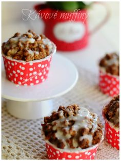 Kavove muffiny Coffee Cake, Cereal, Food And Drink, Cupcakes, Breakfast, Sweet, Blog, Wedding, Basket