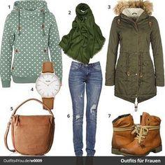 Elegantes Frauen-Outfit mit Fresh Made Pullover, Cluse Uhr, Desires Mantel, Pashmina Schal, Liebeskind Handtasche und Rieker Boots. Jetzt ansehen!