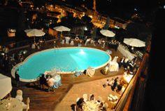 La Piscina @CASTELLO CHIOLA Loreto Aprutino, Pescara, Italia  www.castellochiola.com