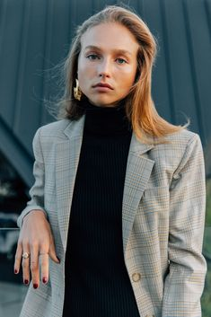 Designer Amy Smilovic founded New York-based label Tibi whilst living in Hong Kong, where she was inspired by the local culture and textiles. Today, the brand is lauded by the fashion pack for its modern take on laid-back femininity. We love its effortless staples in vibrant palettes and prints.