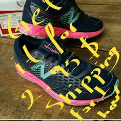 2.95 $ shipping for an hour!!!!! !!! Shoes Sneakers
