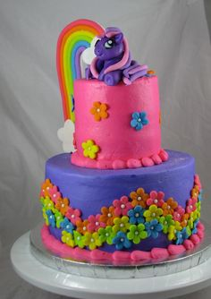 My Little Pony Cake @April Cochran-Smith LaHayne  I like these colors and the rainbow on the side!