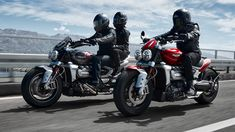 The 2500 cc 2019 Triumph Rocket 3 R and GT is finally here Triumph Rocket, Club Usa, New Motorcycles, Dream Machine, Valentino Rossi, Hd Wallpaper, Bike, Red, Image