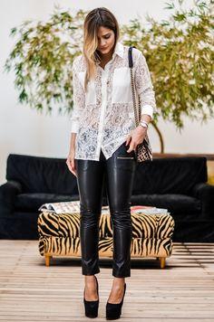 Look Thássia Naves: Calça – 284 | Camisa – Daslu | Bolsa Bo.Bô. Para comprar online: http://www.bazaroriginal.com.br/