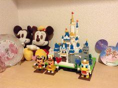 我が家に小さなパークができました♪ [ 我家小小的迪士尼園區完成了♪] Photo by Kazue Shibataさん