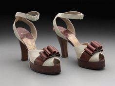 Pumps 1940, American, Made of leather and suede