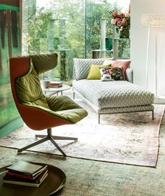 Take a Soft Line for a Walk Lounge Chair by Moroso Moroso Furniture, Cool Furniture, Furniture Design, Luxury Sofa, Contemporary Interior, Interior Design, Interior Decorating, Living Room, Home Decor