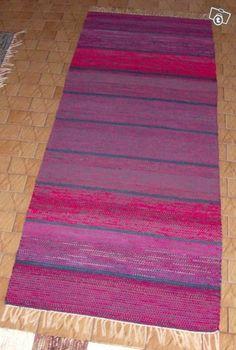 Räsymatto (Itä-Patela) Varattu Rag Rugs, Tear, Loom Weaving, Recycled Fabric, How To Dye Fabric, Rug Hooking, Woven Rug, Recycling, Fabrics