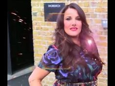 """The winner of The X Factor UK 2013 sings Queen's """"Somebody to love"""". Amazing vocals on this one! Sam Bailey, Somebody To Love, Singers, Give It To Me, Music, Youtube, People, Fashion, Musica"""