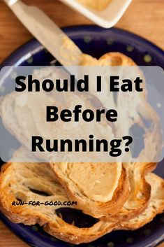 Is it best to eat before running? Can I run on an empty stomach? Get tips on when and what to eat before running. High Fat Foods, High Fiber Foods, Good Foods To Eat, Foods To Avoid, Breakfast Time, Best Breakfast, Eating Before Running, Plain Bagel, Whole Grain Foods
