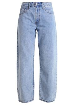 Baggy Pants von Levi's via Zalando, um 96 Euro Baggy Pants Outfit, Baggy Jeans 90s, Timberland Outfits, Timberland Heels, Teen Fashion Outfits, 80s Fashion, Casual Outfits, Boyfriend Jeans, Mom Jeans