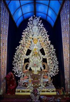 Must visit Top 10 Durga Puja in Kolkata and Locations Best innovative idea Puja themes best durga idol best lighting best decoration Best Pooja pandals 2015