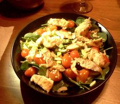 Chicken, spinach, cherry tomatoes, cashews, sliced or crushed almonds