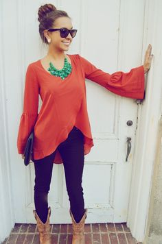 Looks like an outfit from The Rusty Rose - simular top Looks Style, Looks Cool, Style Me, Baby Style, Look Fashion, Fashion Beauty, Womens Fashion, Street Fashion, Looks Country