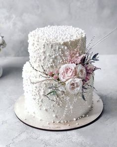 30 Gorgeous Nude Wedding Photos Ideas For You ❤ nude wedding photos cake flower marycake_sweets #weddingforward #wedding #bride Engagement Cake Images, Engagement Cakes, Royal Cakes, Wedding Cake Stands, White Wedding Cakes, Wedding Anniversary Cakes, Cake Shapes, Fashion Cakes, Fantasy Wedding