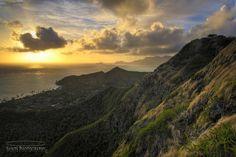 Lanikai Mountain Pill Box hike - Oahu, Hawaii