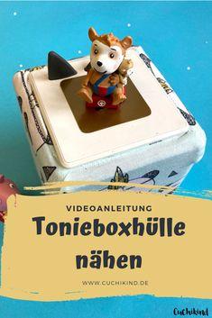 Nähanleitung (mit Youtubevideo) für eine Tonieboxhülle. Einfach und schnell für Anfänger geeignet. #toniebox #tonieboxhülle #tonies #tonie #nähen #nähanleitung #nähenfürkinder #nähenmachtspaß #diy #diytutorial Our Kids, Diy For Kids, Easy Crafts, Crafts For Kids, Diy Mode, Teddy Bear, Entertaining, Toys, Blog