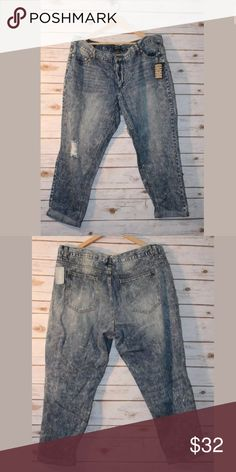 1f4bbe30e3c NEW Forever 21 Cropped Acid Wash Destroyed Ripped FOREVER 21 Plus Size 18W  Destroyed Acid Wash Straight Leg Jeans Cropped Cuff NEW Forever 21 Pants  Ankle   ...