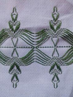 Swedish Embroidery, Embroidery Shop, Swedish Weaving Patterns, Monks Cloth, Cat Cross Stitches, Hello Kitty Wallpaper, Bead Loom Patterns, All Craft, Bargello