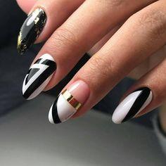Лучшие идеи маникюра! Подпишись @journal_nails #ногти#маникюр #дизайнногтей #гельлак #красивыеногти #красота #nails #шеллак#shellac #nailart #идеальныйманикюр #красивыйманикюр #nail #дизайн #френч#девочкитакиедевочки #наращиваниеногтей #ноготки #fashion #стразы#наращивание #rnd #педикюр #161 #стиль #moscownails #москвакосметика