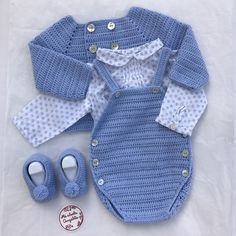Crochet Bebe, Crochet For Boys, Knit Crochet, Boy Crochet Patterns, Baby Patterns, Baby Christening Dress, Baby Dress, Baby Boy Outfits, Kids Outfits