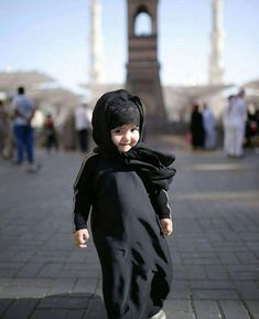 Wearing a hijab is like an open declaration of my religion. The first thing people know when they meet me even before they know my name. Very Cute Baby, Cute Little Baby, Cute Baby Girl, Cute Babies, Baby Kids, Beautiful Baby Images, Beautiful Children, Beautiful Babies, Young Fashion