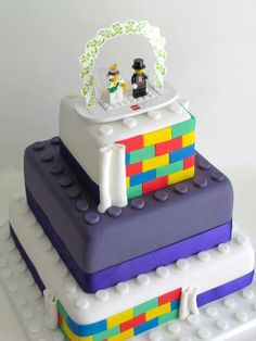 Lego wedding cake by Little Cake Cupboard