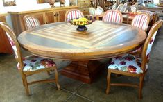 Wooden Dining Table Designs, Wooden Dining Chairs, Wood Bed Design, Used Woodworking Tools, Outdoor Tables, Outdoor Decor, Wood Beds, Pasta, Outdoor Furniture