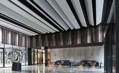 華固新天地-YOHO特區 - 個案鑑賞 - 華固建設股份有限公司 Lobby Reception, Interior Architecture, Blinds, Ceiling, Curtains, Design, Home Decor, Architecture Interior Design, Ceilings