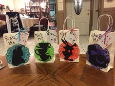 Alice in wonderland candy bags.