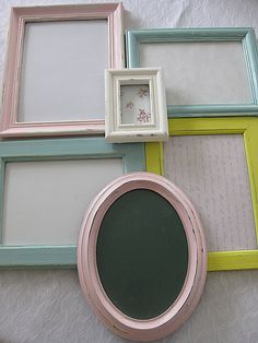 pastell coloured frames for a picture wall