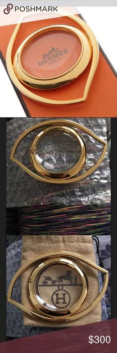 Hermes Cleopatra Magnify Glass Authentic HERMES Cleopatra Magnify Glass!comes with authenticity card, pouch, & box  14k gold & glass  The length of the 'Loupe' measures  10.5cm x 7cm x 1cm.  Beautiful home decor-can also be used a classy paper weight  Enjoy Natty's Closet! 💋 Hermes Accessories