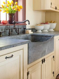 A Designer's Updated Manhattan Kitchen | Br faucet, Waterworks ... on