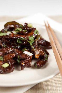 Mongolian Beef Recipe - instead make lamb Meat Recipes, Asian Recipes, Cooking Recipes, Recipies, Dinner Recipes, Pork And Beef Recipe, Mongolian Beef Recipes, Get Thin, Good Food