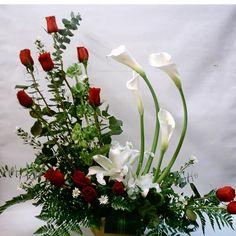 Arreglo Florale Rosas Rojas | 0040 arreglo de alcatraces rosas y casablancas hermosisimo arreglo ...