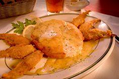 Crabcake lovers unite at Poor Boy's Riverside Inn / Little River Inn #EatLafayette