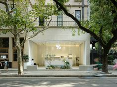Gallery of %Arabica Coffee / B. Architecture Studio - 1 Gallery of %Arabica Coffee / B. Modern Restaurant, Restaurant Interior Design, China Architecture, Architecture Design, Cultural Architecture, Vincenzo De Cotiis, Coffee Store, Small Courtyards, Coffee Shop Design