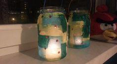 Klimatyczne lampiony ze słoików DIY ozdobą w pokoju dziecięcym Mason Jar Lamp, Table Lamp, Diy, Home Decor, Lamp Table, Decoration Home, Bricolage, Room Decor, Table Lamps