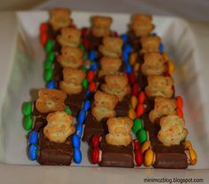 Food Craft- Teddy Bear Cars - only do with Clif Z-Bars and Cheerio wheels to be healthier. Cute for the AWANA Grand Prix!