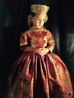 #Luzhina #JenkasFashion #couture #kids #Russian #kokoshnik #renaissance