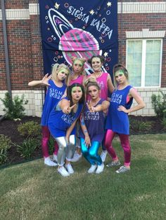 Bullpups are Out of This World Homecoming Floats, Homecoming Spirit Week, Homecoming Outfits, Space Jam Outfit, Space Jam Costume, Sorority Bid Day, Sorority Life, Kappa, Sorority Pictures