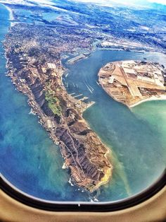 Taking off from downtown San Diego. It is the second busiest SINGLE runway in the world! California Cool, California Travel, Southern California, Stay Classy San Diego, Visit San Diego, Hotel Del Coronado, San Diego Houses, San Luis Obispo, Aerial Photography