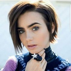 Curled and Attractive Bob Hairstyles - Frisuren Haare Mehr Messy Short Hair, Short Hair Cuts, Short Hair Styles, Edgy Hair, Long Short Hair, Messy Bob, Thick Hair, Bob Haircuts For Women, Short Bob Haircuts