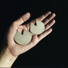 Viuhka Earrings by Fay Andrada for Mrs. Clooney #fayandrada