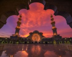 Date Taken:Aug 20, 2016  Date Uploaded:Oct 18, 2016  Location:Kuala Lumpur, Kuala Lumpur, Malaysia  Camera:NIKON CORPORATION NIKON D810  Focal Length:14 mm  Shutter Speed:8/10 sec  Aperture:f/11  ISO:64  Kuala Lumpur, Malaysia.  The mosque's design is a blend of Ottoman and Malay architectural styles, influenced by the Blue Mosque in Istanbul, Turkey.