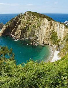 Asturias bien vale… un concurso  Pienso en Asturias y me dan ganas de...comer , beber, respirar, pasear, disfrutar...ser feliz! Asturias Spain