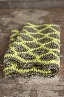 Minas crocheted cowl pattern designed by Angelia Robinson for Fairmount Fibers in Manos del Uruguay Silk Blend.